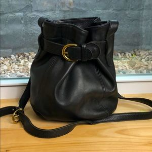 Vintage leather COACH bucket shoulder purse bag